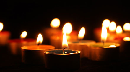candlecarols.jpg